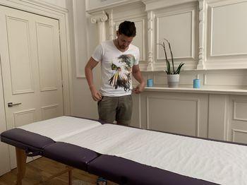 Revitalizing Massage <i>by Nicholas</i>