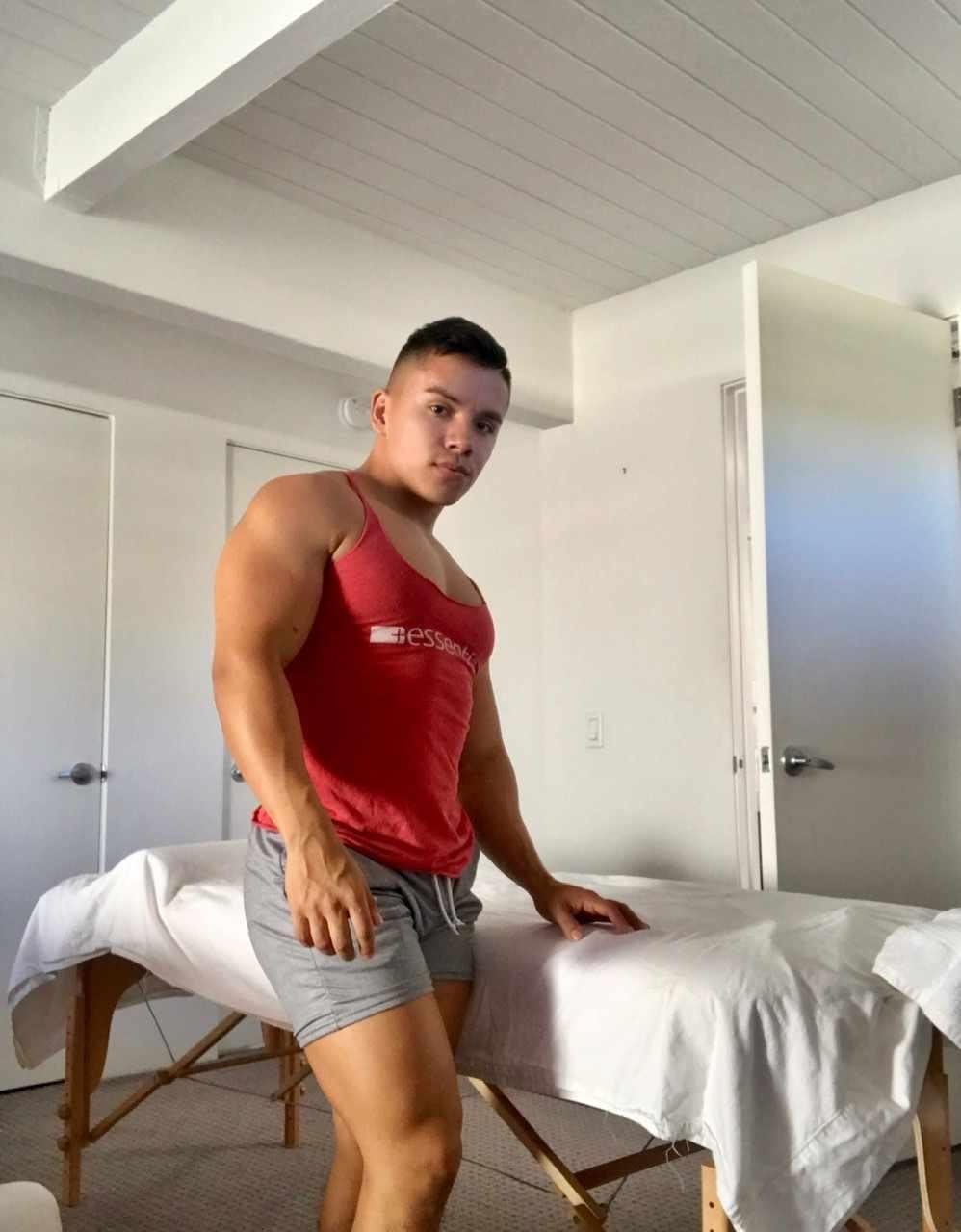 Male Massage <i>by Brandon</i>