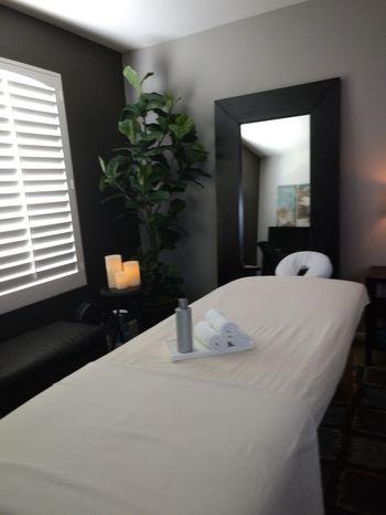 Massage by Nickolas